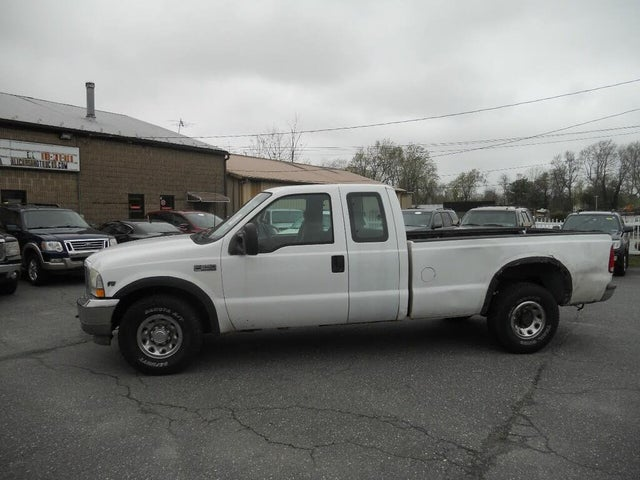 2002 Ford F-250 Super Duty XL Extended Cab SB