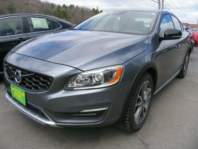 2016 Volvo S60 Cross Country Platinum
