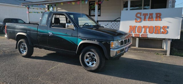 1994 Nissan Truck XE 4WD Extended Cab SB