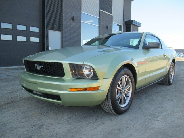 2005 Ford Mustang Coupe RWD