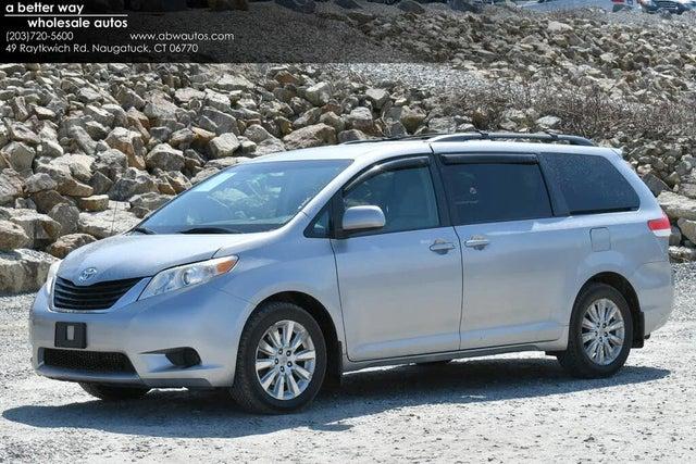 2011 Toyota Sienna LE 7-Passenger V6 AWD