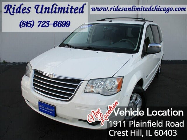 2008 Chrysler Town & Country Touring FWD