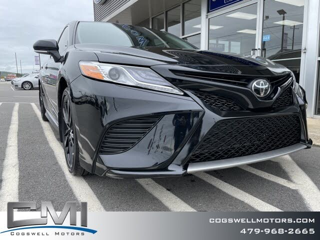 2020 Toyota Camry XSE FWD
