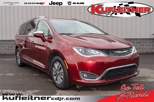 2019 Chrysler Pacifica Hybrid Limited FWD