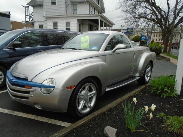 2004 Chevrolet SSR LS RWD