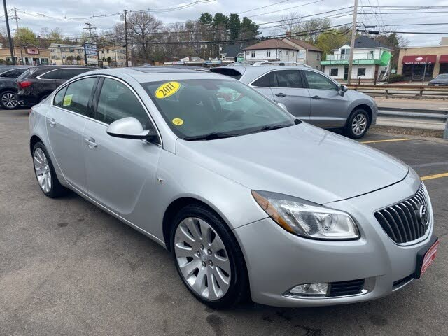 2011 Buick Regal CXL Turbo Sedan FWD