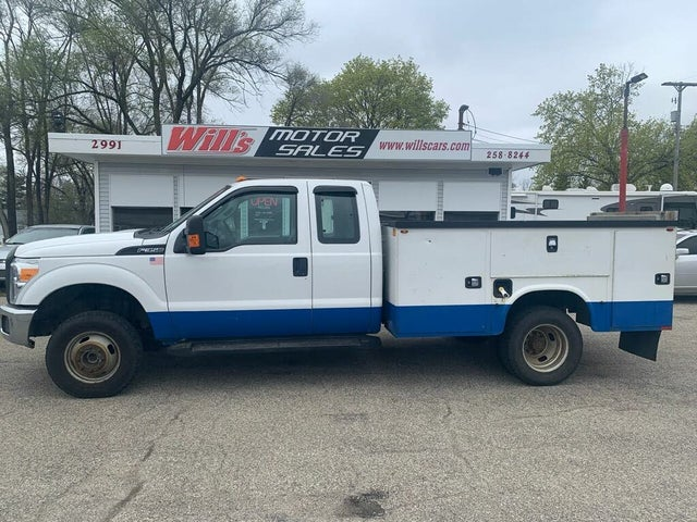 2014 Ford F-350 Super Duty Chassis XL SuperCab DRW 4WD