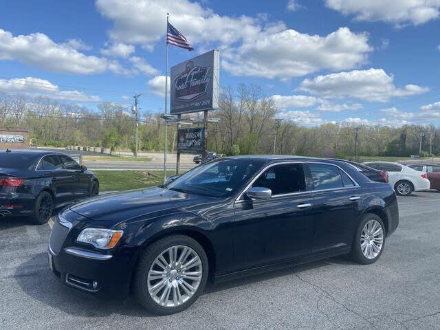 2013 Chrysler 300 C John Varvatos Luxury Edition RWD