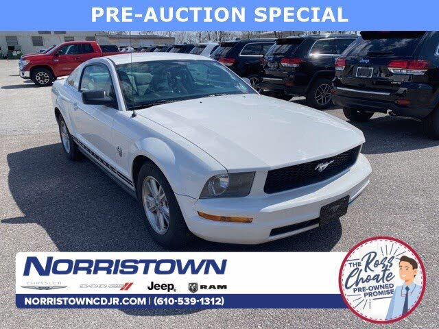 2009 Ford Mustang V6 Coupe RWD