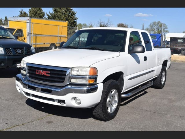 2007 GMC Sierra Classic 1500 SLE1 Extended Cab 4WD