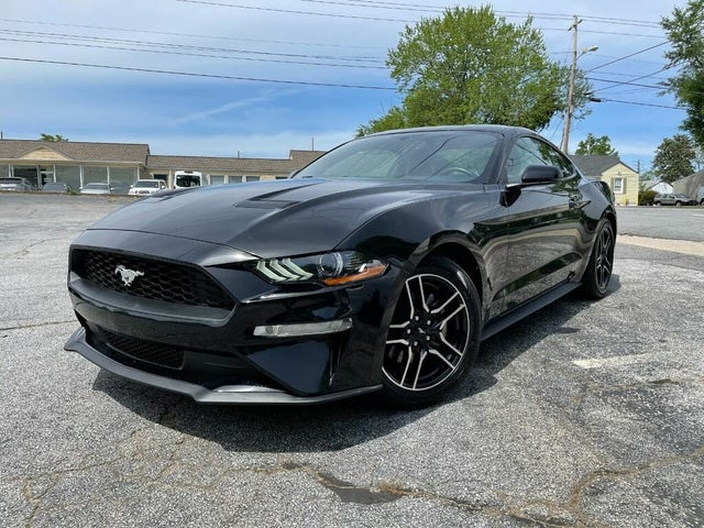 2020 Ford Mustang EcoBoost Premium Coupe RWD