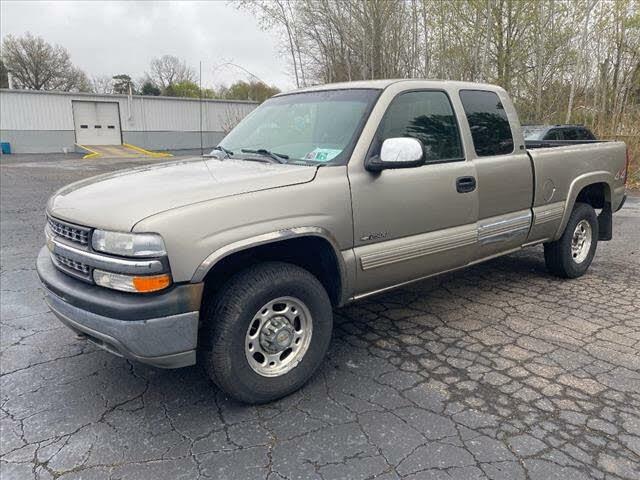 2000 Chevrolet Silverado 2500HD LS Extended Cab 4WD