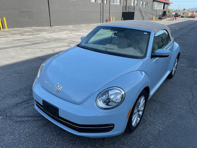 2015 Volkswagen Beetle TDI Convertible with Rearview Camera