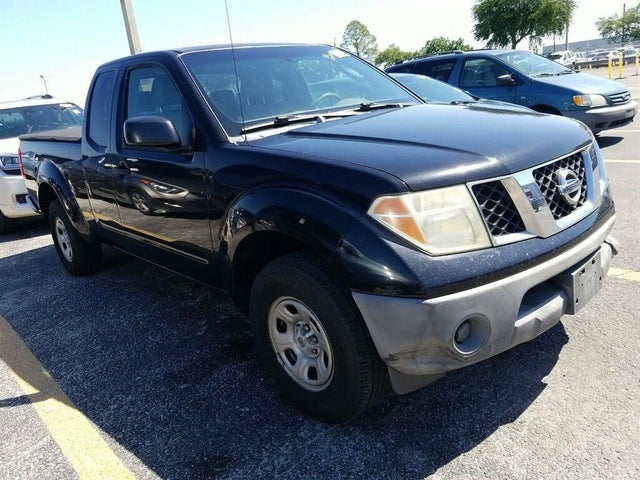 2006 Nissan Frontier XE King Cab SB with manual