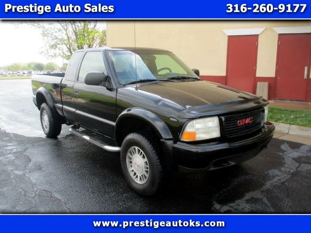 2001 GMC Sonoma SLS Extended Cab Short Bed 4WD
