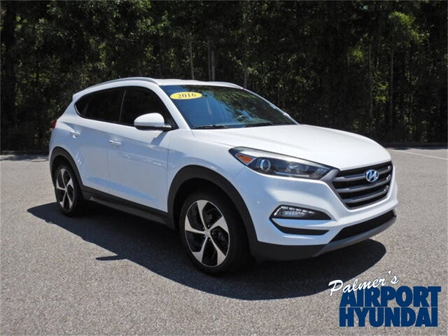 2016 Hyundai Tucson 1.6T Sport AWD with Beige Seats
