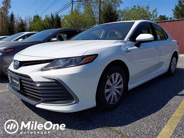 2021 Toyota Camry Hybrid LE FWD