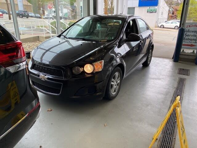 2015 Chevrolet Sonic LT Sedan FWD