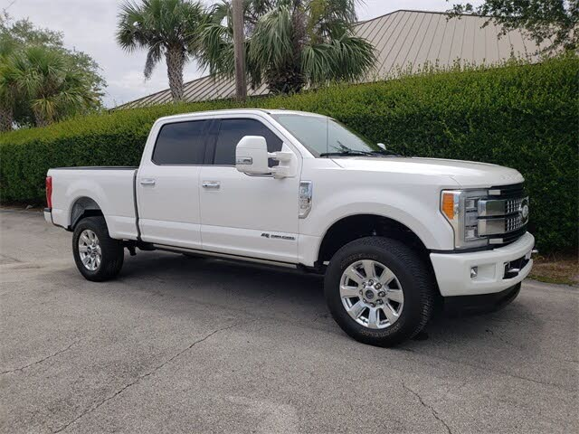 2017 Ford F-250 Super Duty Platinum Crew Cab LB 4WD