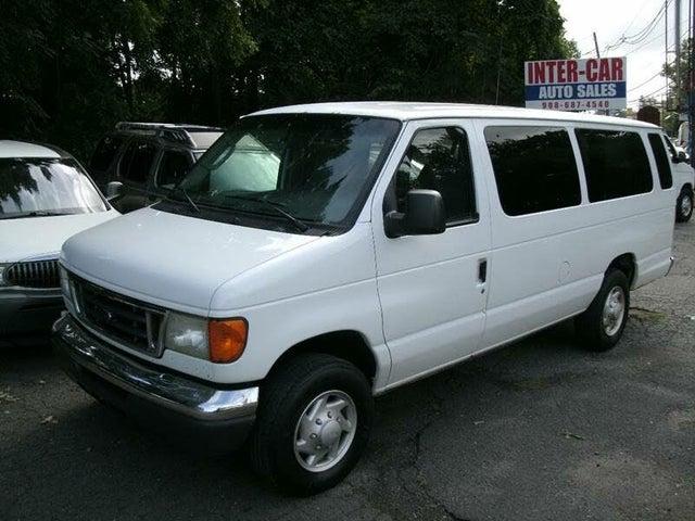 2005 Ford E-Series E-350 Super Duty XLT Extended Passenger Van