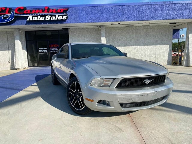 2010 Ford Mustang V6 Coupe RWD