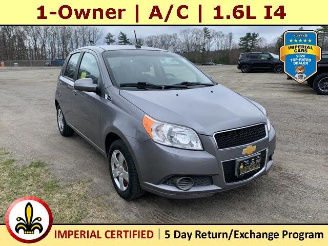 2011 Chevrolet Aveo 5 LS Hatchback FWD