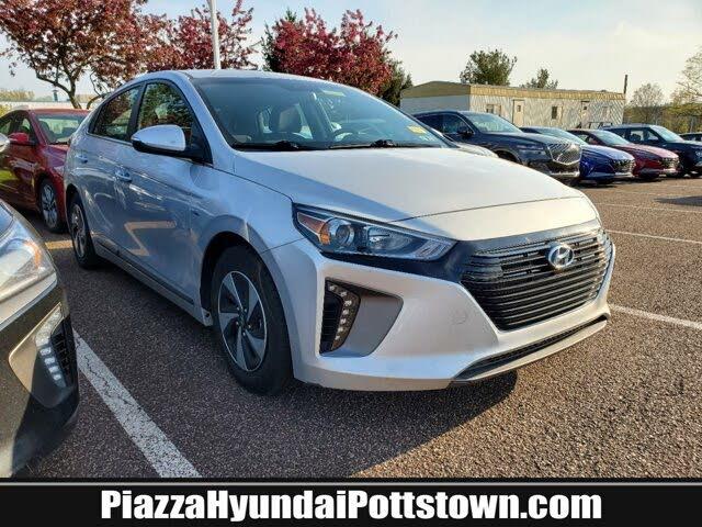 2017 Hyundai Ioniq Hybrid SEL Hatchback FWD