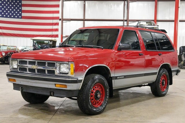 1992 Chevrolet S-10 Blazer 4 Dr Tahoe 4WD SUV