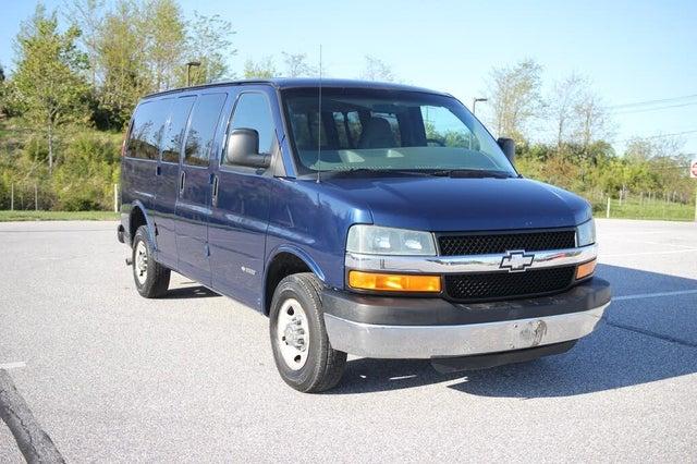 2004 Chevrolet Express 3500 RWD