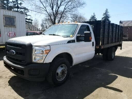 2015 Ford F-350 Super Duty Chassis XL DRW RWD