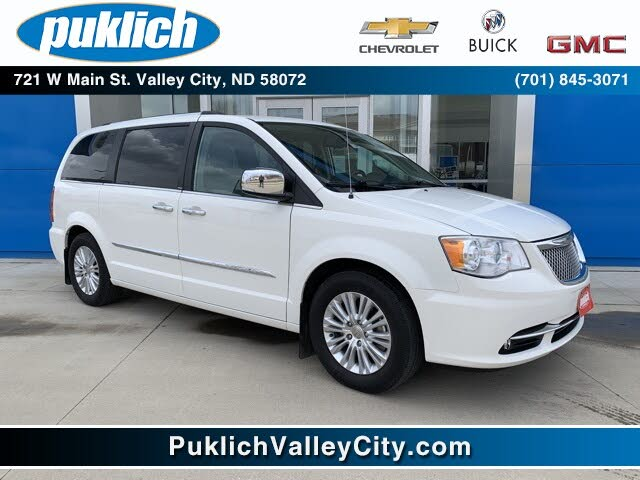 2013 Chrysler Town & Country Limited FWD