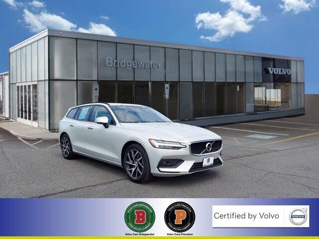 2020 Volvo V60 T5 Momentum FWD