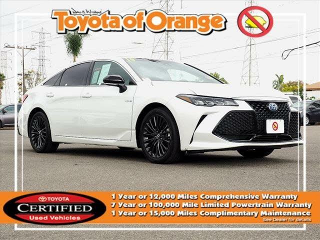 2019 Toyota Avalon Hybrid XSE FWD