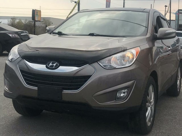 2011 Hyundai Tucson Limited AWD with Navigation