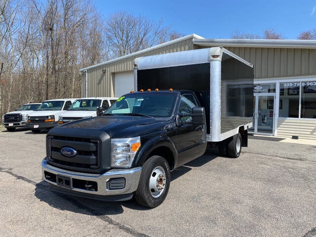 2015 Ford F-350 Super Duty Chassis