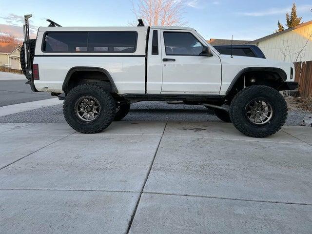 1987 Jeep Comanche Pioneer 4WD