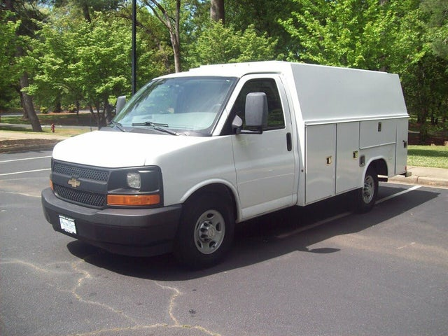 2017 Chevrolet Express Chassis 3500 139 Cutaway RWD