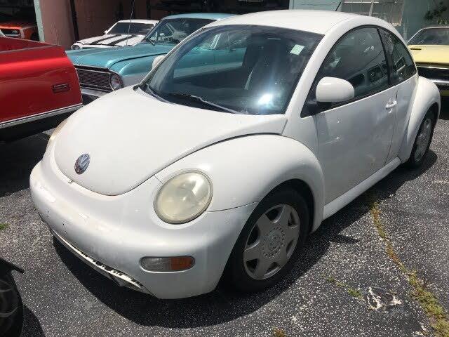 1998 Volkswagen Beetle 2 Dr STD Hatchback