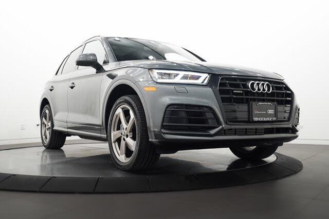 2020 Audi Q5 2.0T quattro Titanium Premium Plus AWD