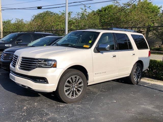 2016 Lincoln Navigator Select RWD