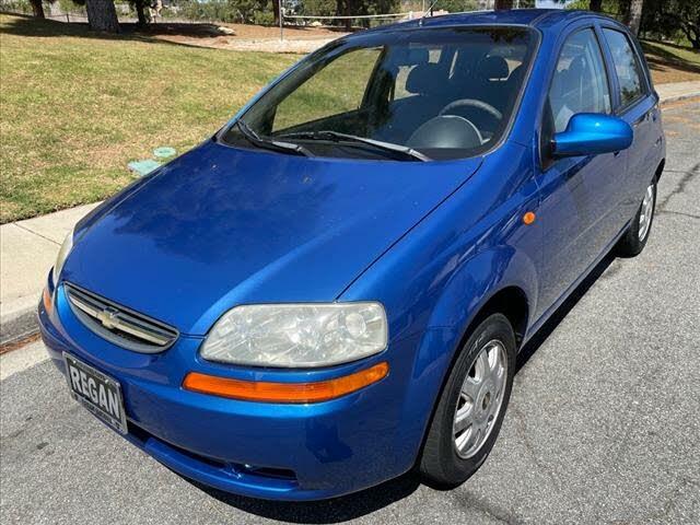 2004 Chevrolet Aveo 5 LS Hatchback FWD