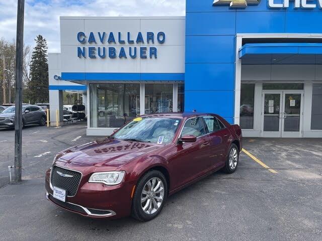 2017 Chrysler 300 Limited AWD