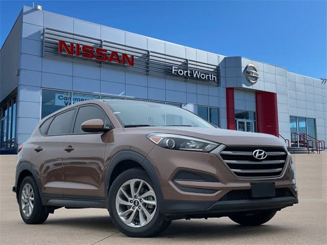 2016 Hyundai Tucson 2.0L SE FWD with Beige Seats