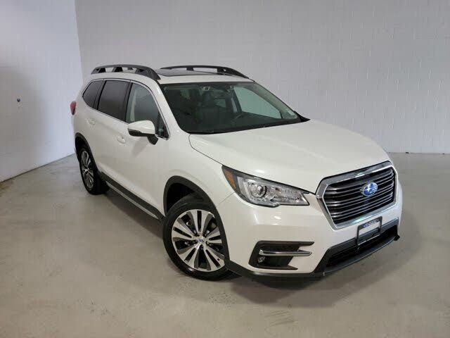 2019 Subaru Ascent Limited AWD with Captains Chairs