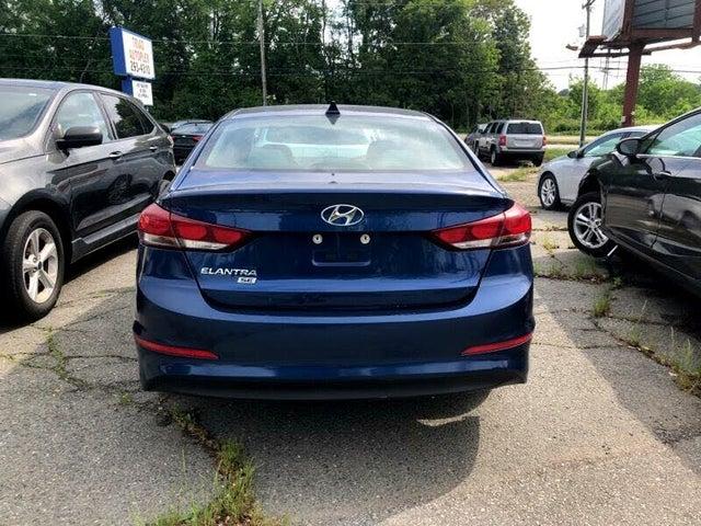 2017 Hyundai Elantra SE Sedan FWD