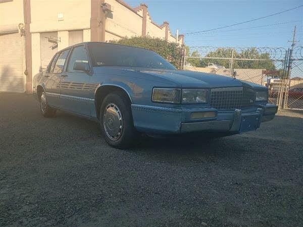 1990 Cadillac DeVille Sedan FWD