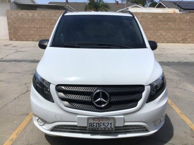 2018 Mercedes-Benz Metris Worker Passenger