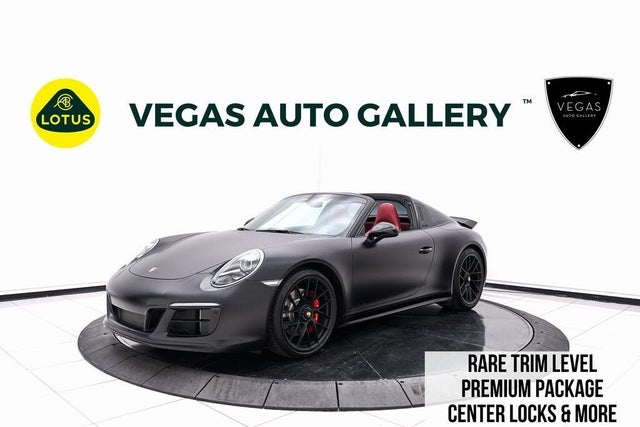 2019 Porsche 911 Targa 4 GTS Cabriolet AWD
