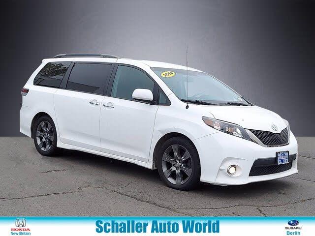 2014 Toyota Sienna SE 8-Passenger