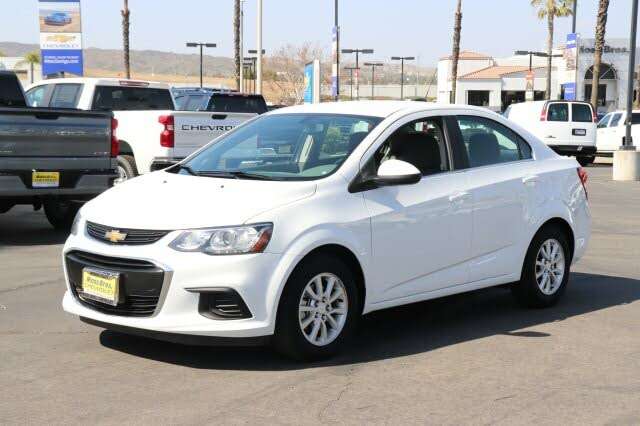 2018 Chevrolet Sonic LT Sedan FWD